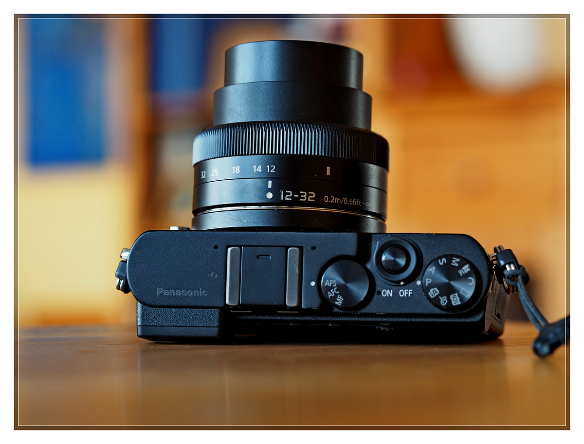 Panasonic GM5 - Panasonic 12-32 f3.5-5.6